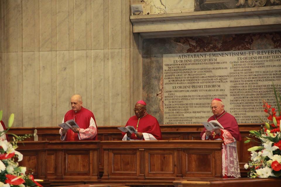 Em Missa no Vaticano, Dom Jaime agradece ao prefeito Paulinho pelo apoio aos peregrinos