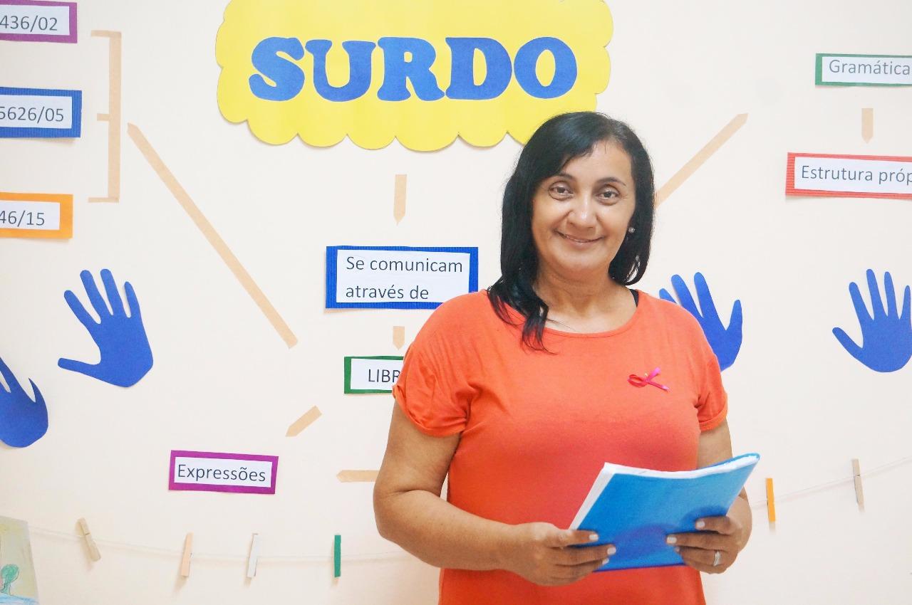 SME capacita educadores pra atender melhor crianças com deficiência