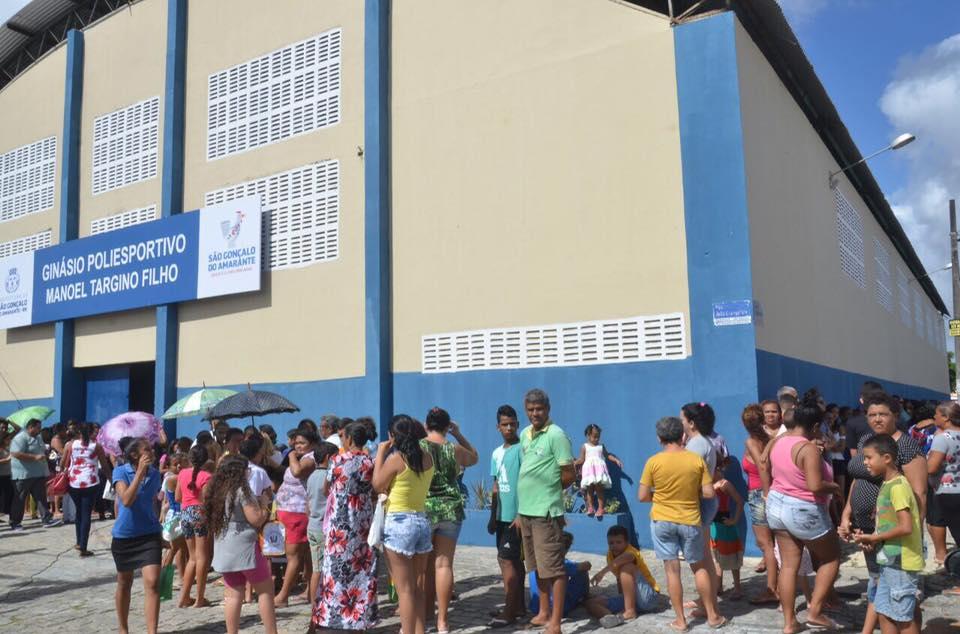 Prefeitura Itinerante leva serviços à população de Jardim Lola