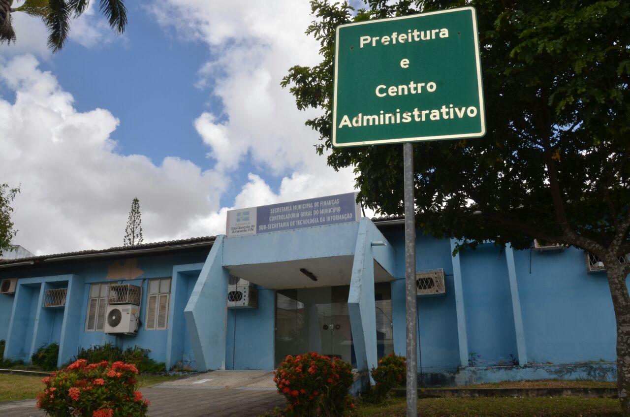 ANTECIPAÇÃO: funcionários de São Gonçalo amanheceram com 13º nas contas