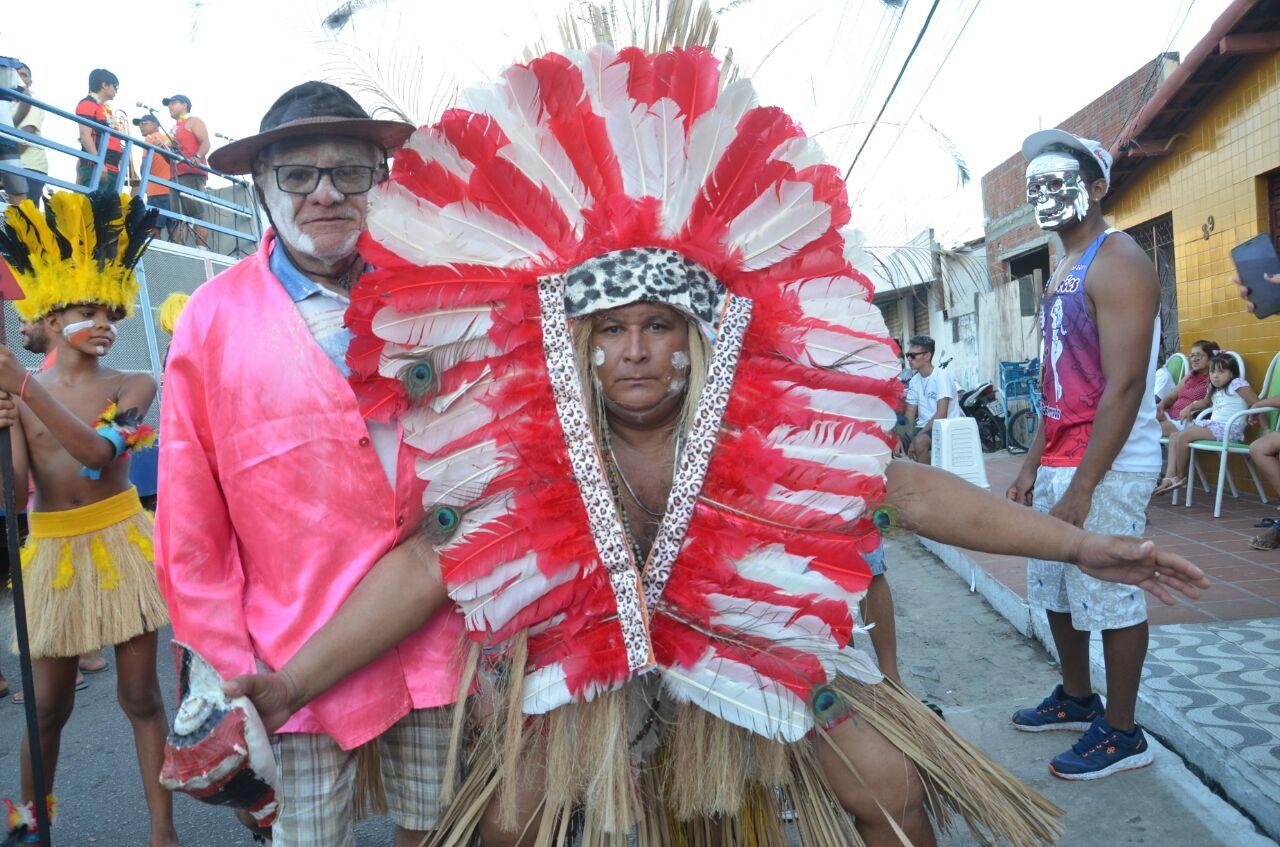 Prefeito Paulinho abre oficialmente carnaval de São Gonçalo