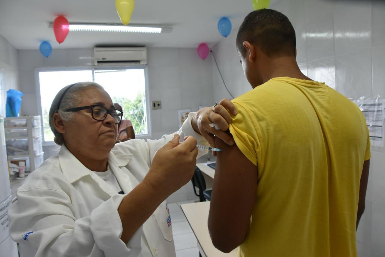 """Prefeitura realiza Dia"""" D"""" de Vacinação contra a influenza"""