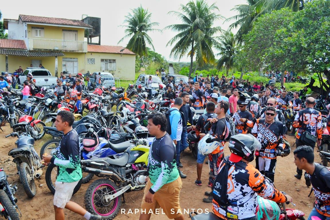 Trilha dos Cupins de Ferro atrai motoqueiros de todo o RN