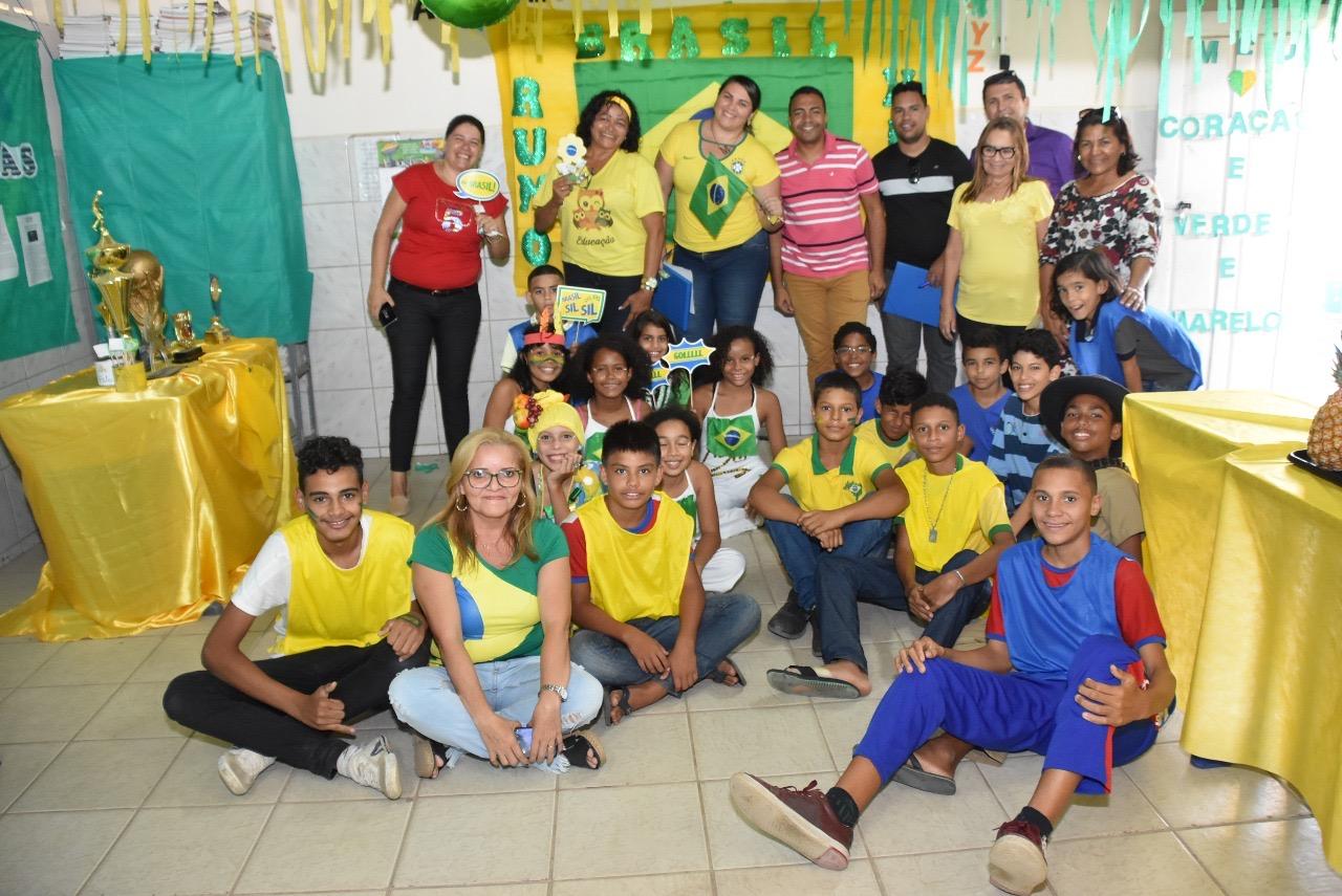"""Conheça as escolas vencedoras do concurso """"Copa do Mundo, o mundo na nossa escola"""""""