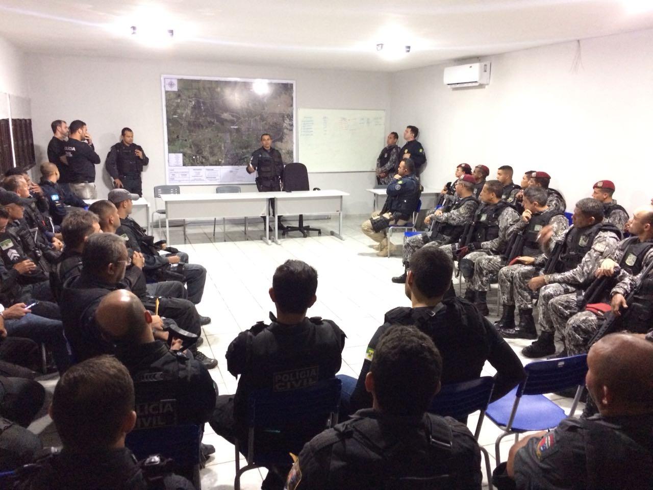 """Segunda fase da operação """"Noite segura"""" é realizada em São Gonçalo"""