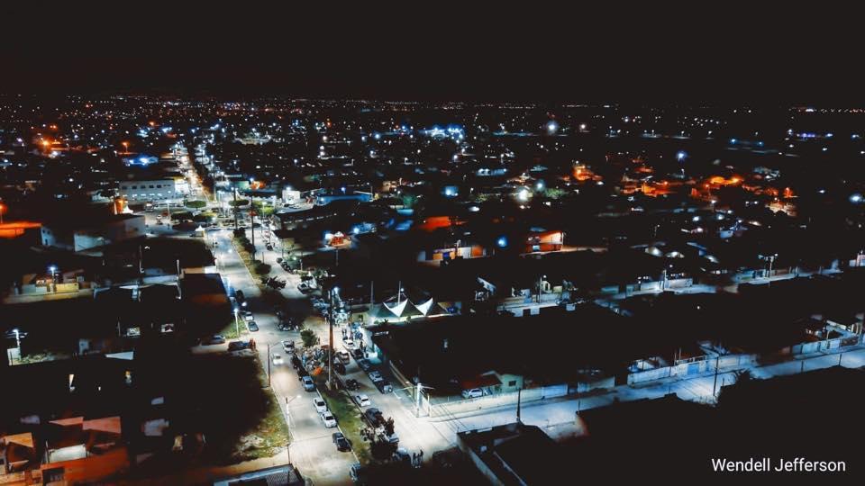 Mais 3 ruas pavimentadas e iluminadas de LED foram entregues à população