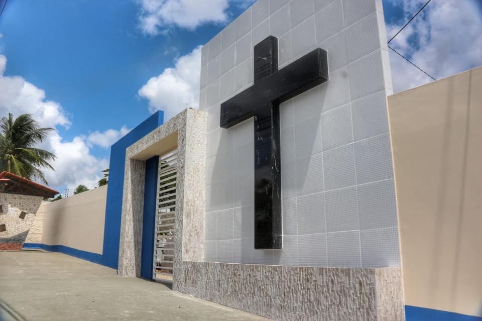 Prefeitura Municipal realiza revitalização de cemitérios para o Dia de Finados