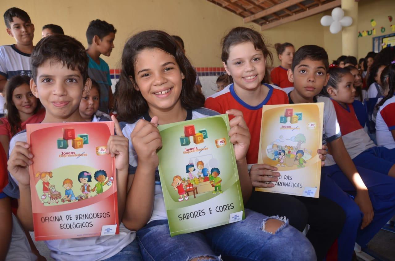 Escolas municipais de São Gonçalo recebem curso de empreendedorismo