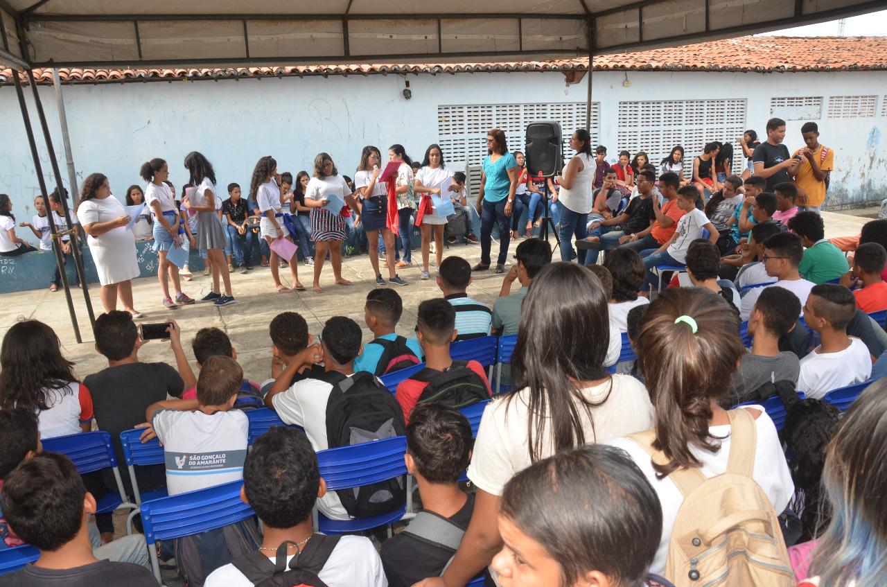 """Escola Vicente de França realiza """"Dia Cultural"""""""