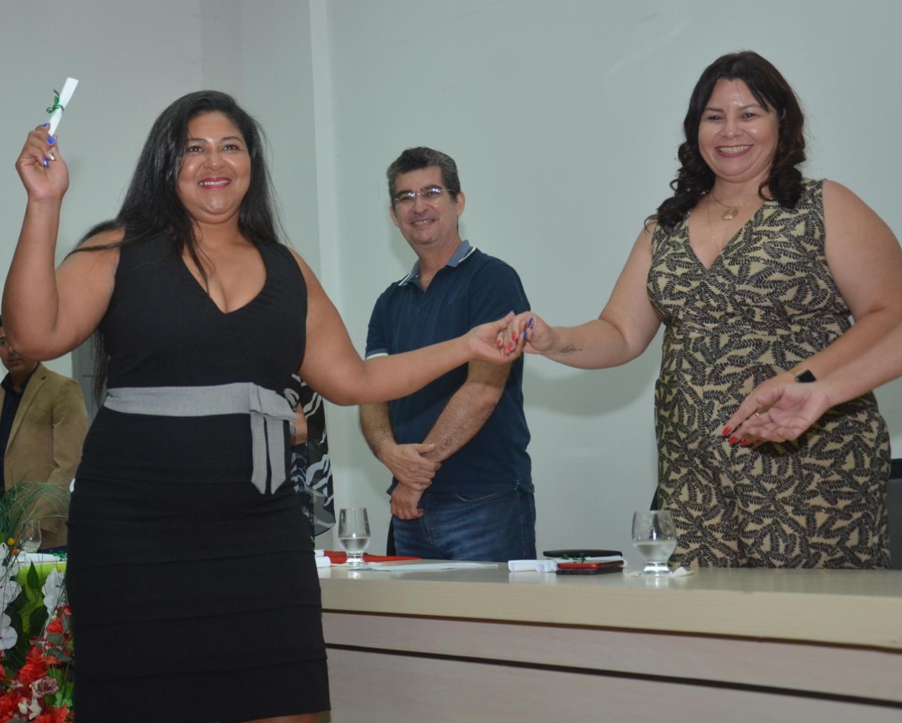 Programa Mulheres Mil realiza entrega de certificados