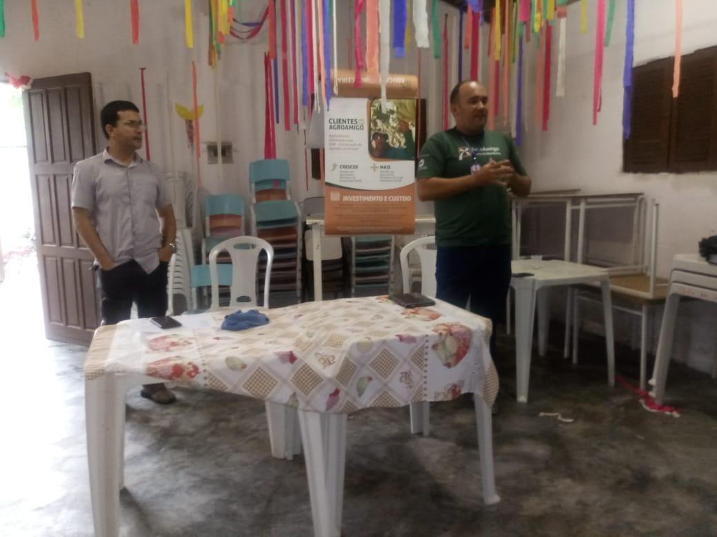 Agricultores de Guanduba participam de reunião do programa de microcrédito rural Agroamigo