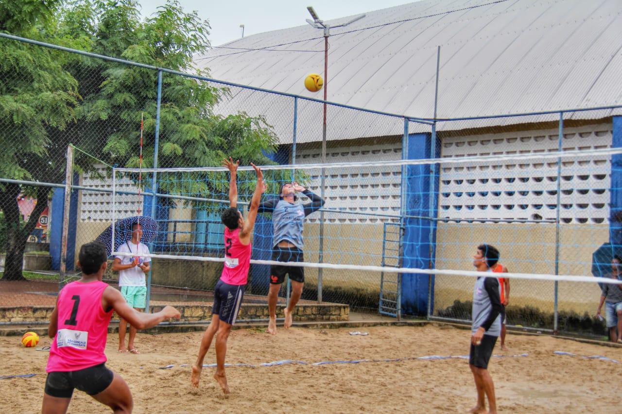 Esporte: equipes de vôlei de areia movimentam torneio em São Gonçalo do Amarante