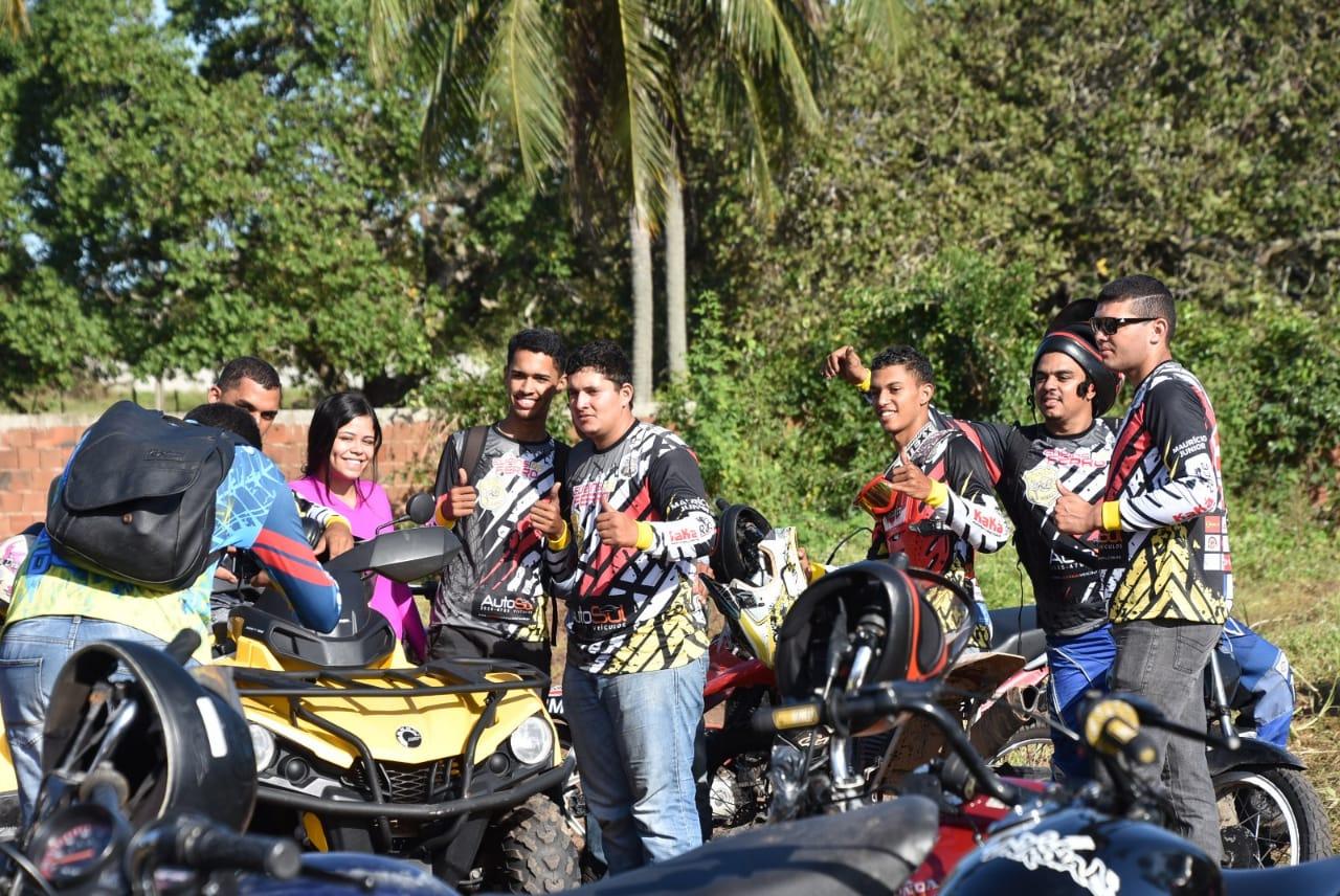 Esporte: Trilha dos Cupins de Ferro atrai centenas de pilotos para São Gonçalo