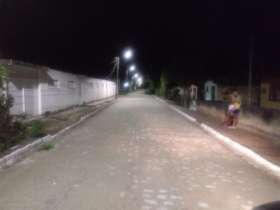 São Gonçalo: uma das vias principais da zona rural recebe pavimentação e iluminação de LED