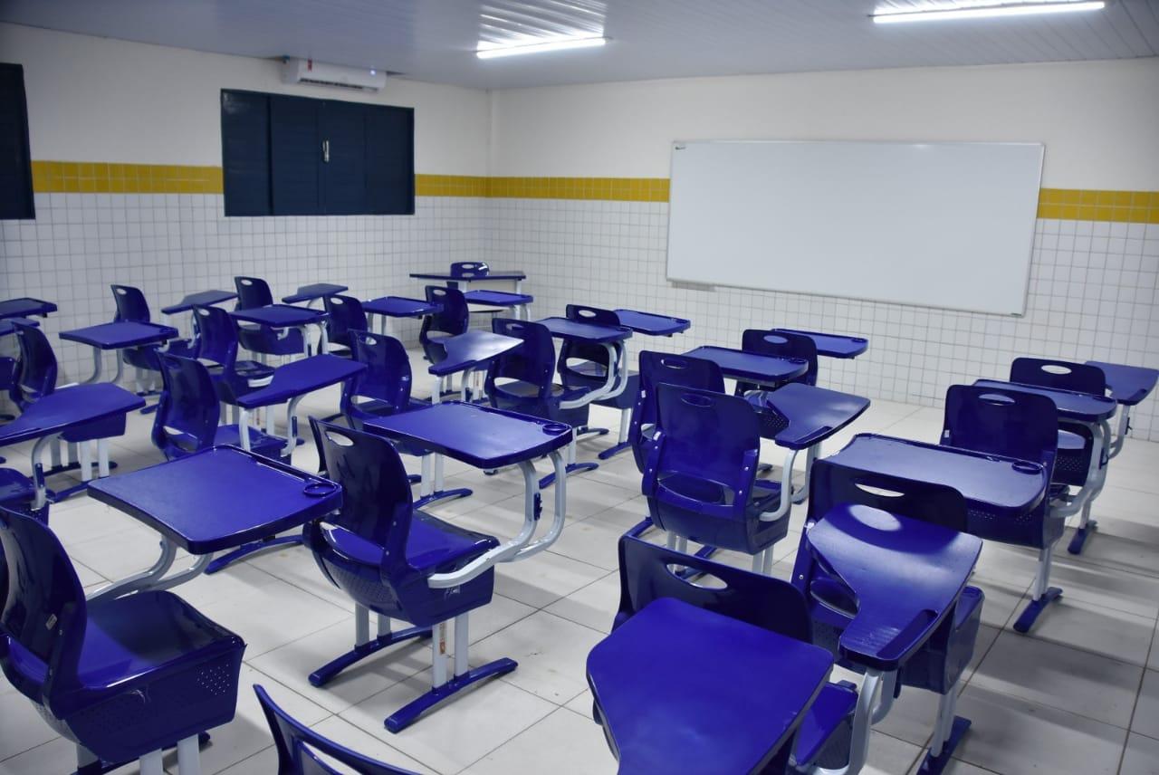 Após reforma, Prefeitura de São Gonçalo climatiza uma das maiores escolas do município