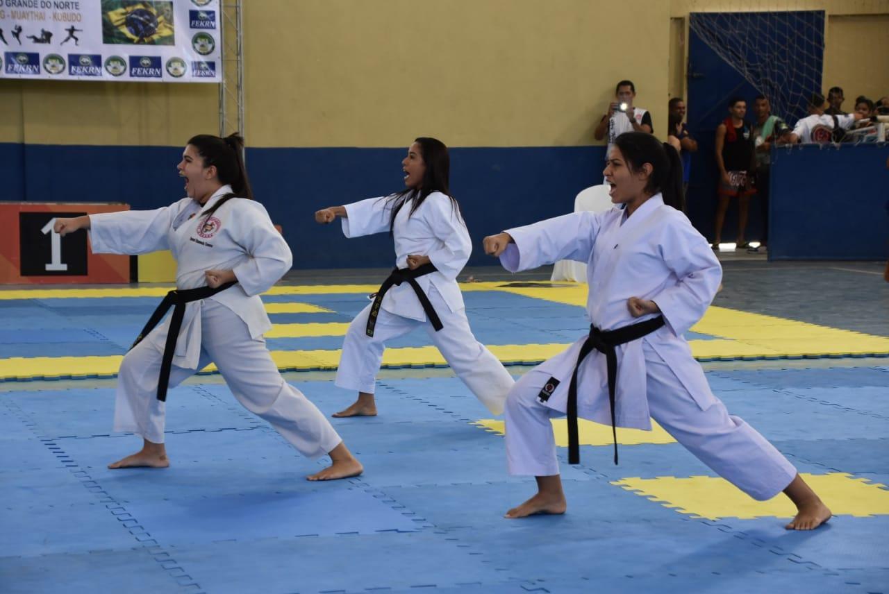 Calendário esportivo: Artes marciais, patins e futebol agitaram fim de semana em São Gonçalo