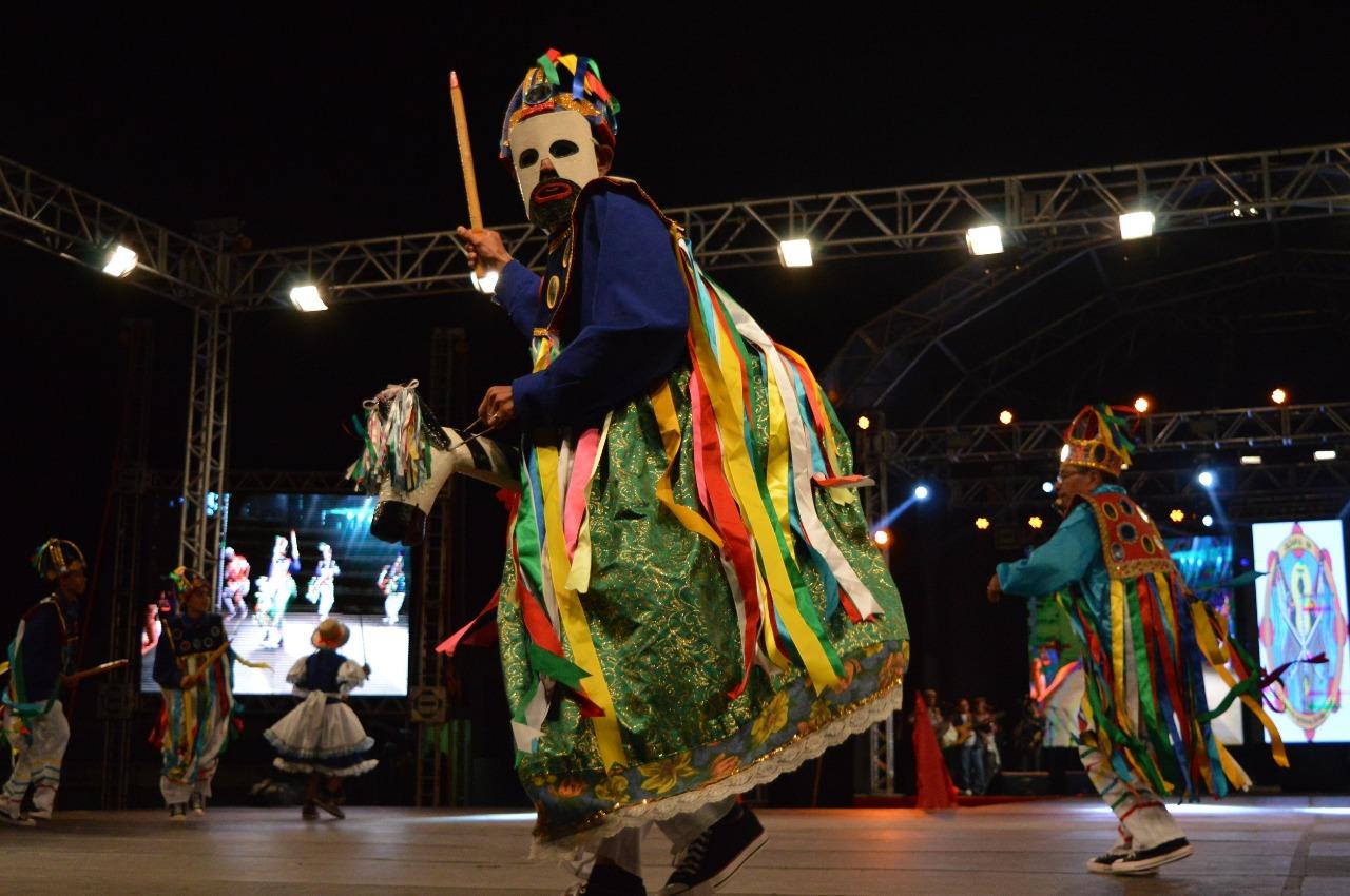 Com apoio da Prefeitura de São Gonçalo, Boi Calemba Pintadinho vai se apresentar em São Paulo