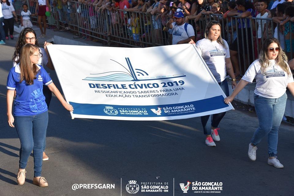 Com transmissão ao vivo e intérprete de Libras, Prefeitura de São Gonçalo realiza Desfile Cívico