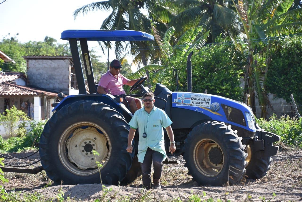 Qualificação: moradores de Genipapo participam de curso de operador de trator