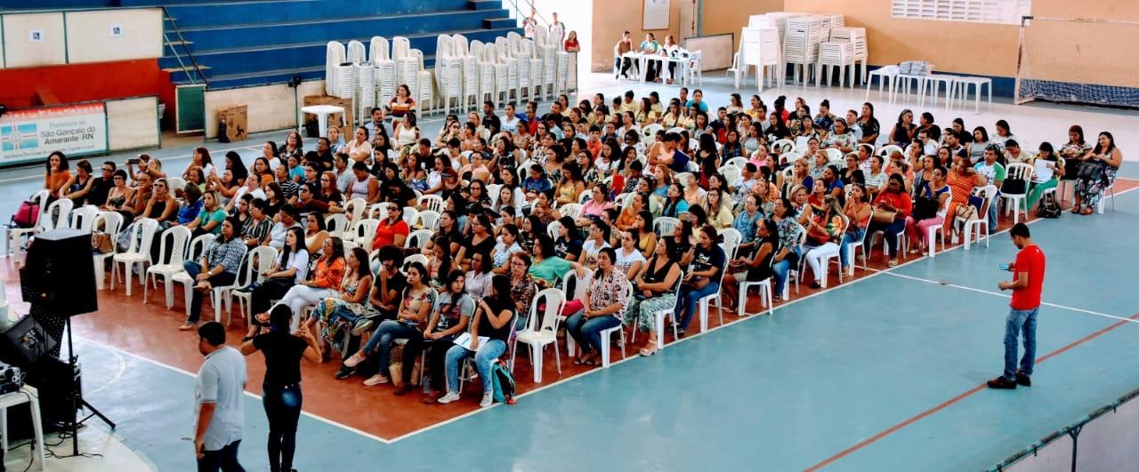 Prefeitura de São Gonçalo promove capacitação para gestores de crianças com deficiência