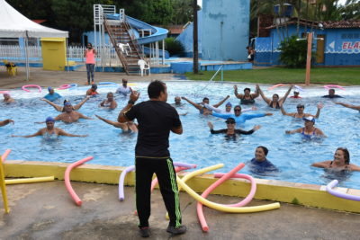 Santo Antônio e Centro recebem aulas de hidroginástica