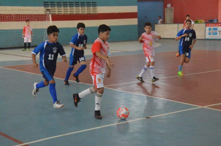 Times da Série B entram em quadra no Campeonato Municipal de Futsal ... cf4eb166d7c32