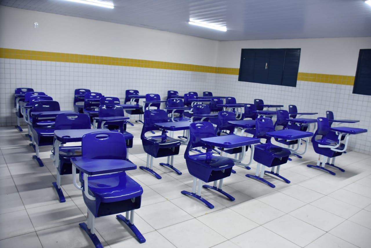 Prefeitura conclui reforma da Escola Vicente de França no Amarante; mais de 40 unidades já passaram por melhorias