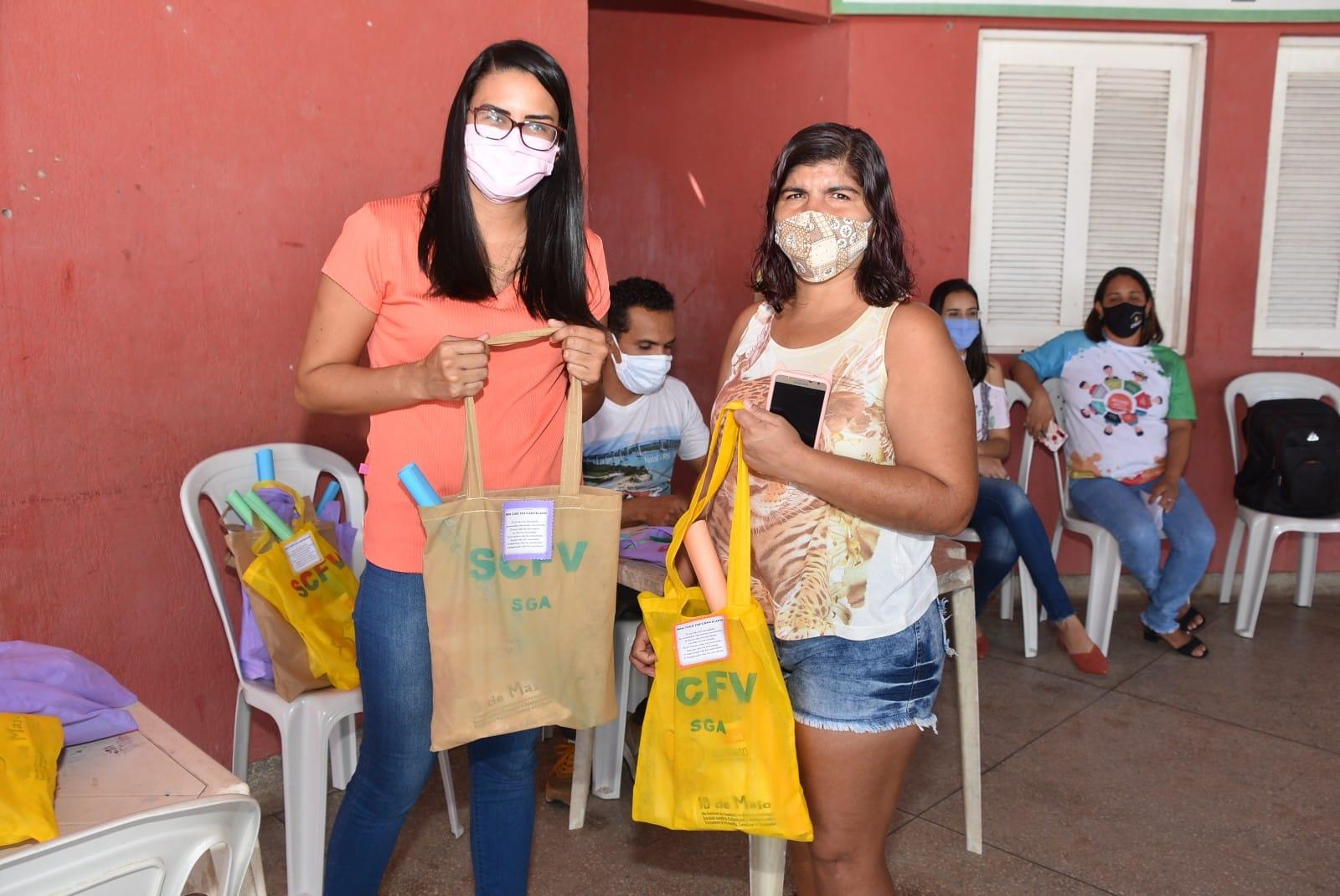 Atividades remotas: Semtasc entrega material didático às crianças e adolescentes do SCFV
